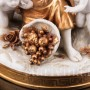 """Старинная фигурка из фарфора """"Осень"""", девушка с виноградом, Volkstedt, Германия, кон. 19 - нач. 20 вв."""